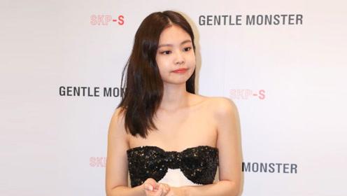 JENNIE 金智妮抹胸裙小露香肩活动现场, 完美直角肩气质超绝!