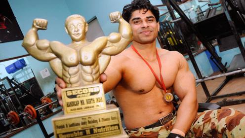 印度的阿诺德,靠着健美战胜癌症,如今成为肌肉之王