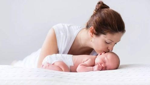 宝宝睡觉不踏实、容易惊醒是怎么回事?这3个原因家长要及时了解