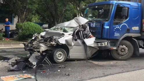 公司领导没驾驶证开车出去出了意外,要我去顶替我该怎么办?