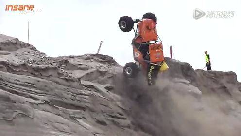 越野车爬悬崖极限挑战 谁是英雄你来说