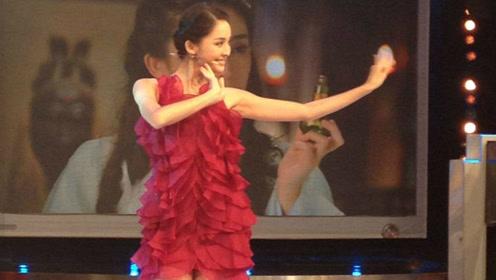 古力娜扎舞蹈集锦,她具备天生的舞者气质,并自带自娱效益