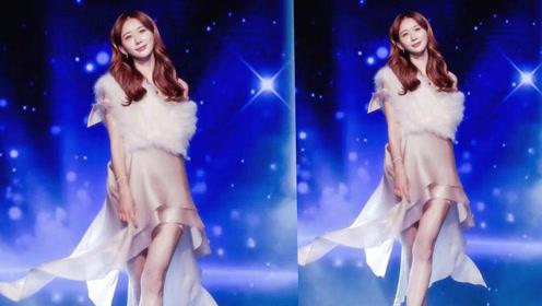 林志玲实力诠释优雅魅力 粉色礼裙满满女神范儿