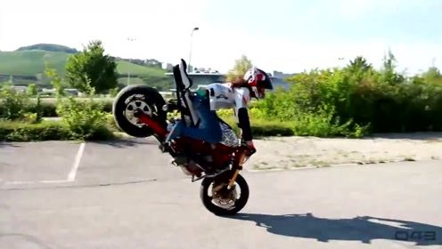 极限运动最佳剪辑2 骑车飞跃大峡谷,各种特技炫酷到爆