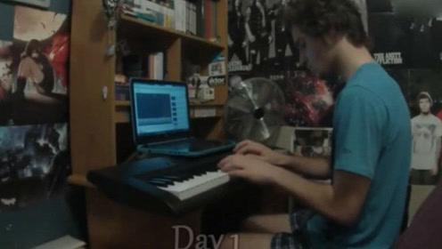 外国小伙记录两年来学习钢琴全过程 学到后面都成大师了!