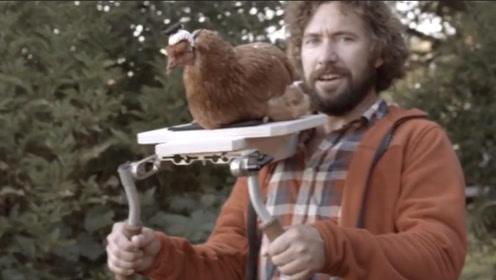 小伙为拍摄高清画面,把摄像头装在鸡头上,造就了公鸡中的战斗机