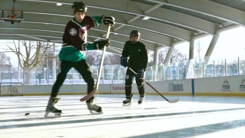 冬奥会中国冰球队主力正在加拿大神秘集训,陪练队员却是一个菜鸟