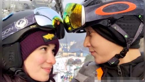 """秀恩爱!卢靖姗与韩庚一起滑雪后称对方为""""我的老师"""""""