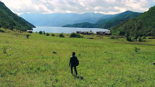 湖南卫视《让世界听见》最新宣传片曝光  汪峰赴乡村支教