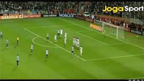 球场上的机智boy 梅西领衔出演