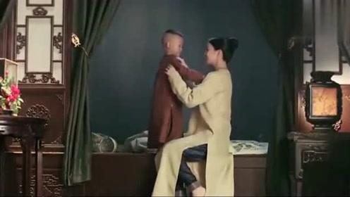 《延禧》佘诗曼蹲下露牛仔裤?本尊亲自澄清:戏服