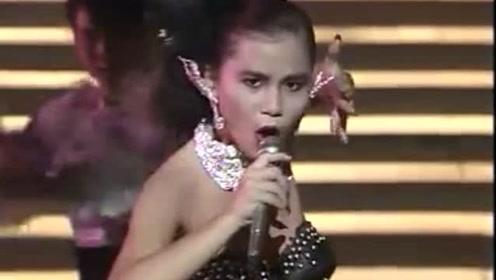 88年香港金像奖模仿秀,梅艳芳玛利亚两位被模仿的惟妙惟肖