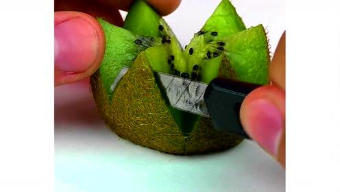 4个生活小妙招:在猕猴桃上切几刀,让猕猴桃变得很好看!