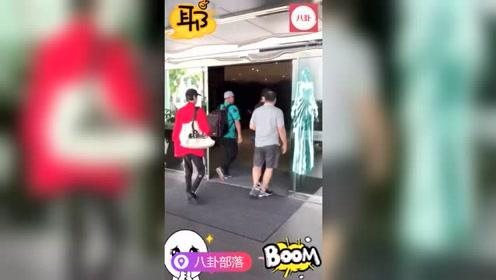 吴亦凡惊现中国台湾机场!