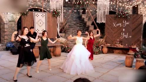 夫妻二人都会跳舞是什么感觉,网友:这才是天作之合!