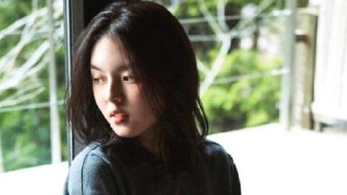李咏女儿近照曝光 16岁出版自己第一部小说