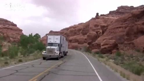 骑摩托车穿越美国的峡谷公路,这里的山有意思