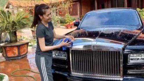 越南选美小姐夺冠后嫁大自己18岁的富商 为丈夫洗车照曝光