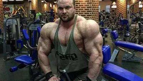 健身肌肉男作死尝试!100个小时不吃饭