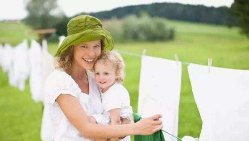 宝宝衣服上污渍太顽固,如何有效去除?