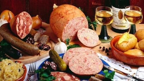 """连中国人都甘拜下风,德国人对猪肉到底有多""""吃""""狂?看完不服都不行"""