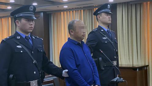 """男子拿死老鼠勒索海底捞500万受审时辩称""""天冷想吃顿免单火锅"""""""
