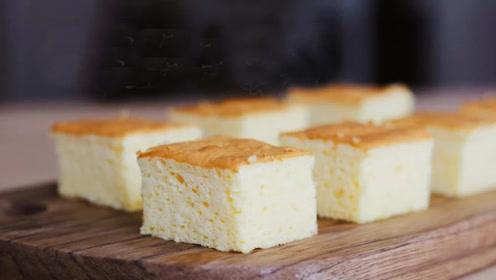 加了马苏里拉芝士的无油酸奶蛋糕,口感类似轻乳酪