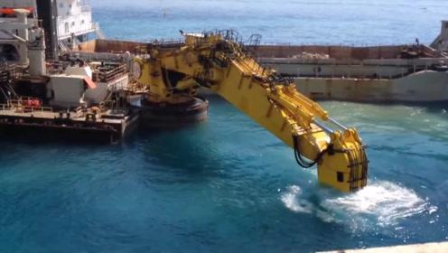 大型海上挖掘机,这声音太震撼了