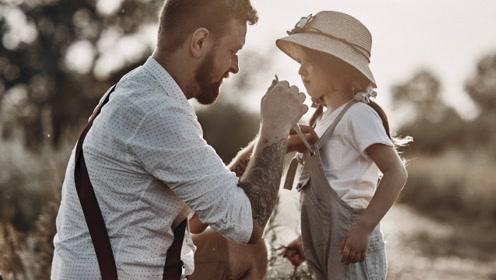 父母吵架后,女儿教训老爸:你既肥又丑,我妈瞎眼,看上你不容易