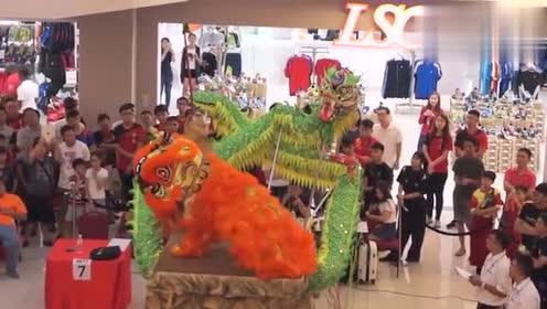 中华民族传统文化,精彩的舞狮表演,你们看过这样的舞狮吗
