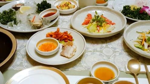 聚餐也有很多形式,看完韩国日本的,和中国太不一样