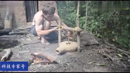 徒手就能在野外炼出铁来,生活在石器时代的