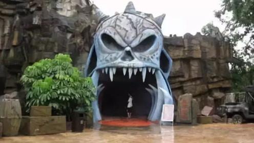 """""""鬼屋""""有多可怕!忍了迪拜,忍了越南,看到日本:吓""""尿""""了?"""