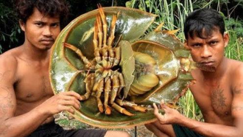"""泰国小哥太厉害了!连""""化石""""都吃,吃法更让人不敢相信"""