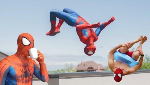 小伙子开启蜘蛛侠附身模式,无论何时都学蜘蛛侠耍帅