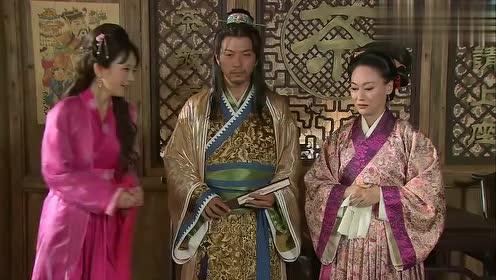 潘金莲要和西门庆做露水夫妻,不料却是劳燕分飞,金莲犹豫了