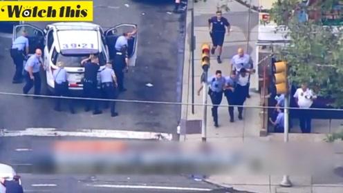 费城警匪枪战新视频曝光 嫌犯将警察引入家中然后开枪