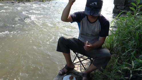 钓鱼:别人路过这里洗脚,我路过这里钓鱼,还挺爱咬的呢!
