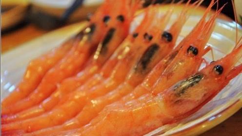 千万不要直接加水煮虾,学会这一招,虾肉鲜嫩,营养保留最全