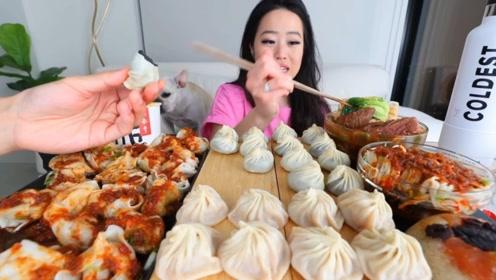 """现在大胃王都有""""水分""""?小姐姐吃灌汤包,镜头后却伸出一只手"""