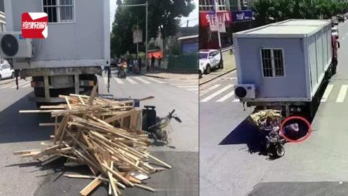 江苏一货车倒车上演死神来了:三轮车司机连遭两劫保住性命