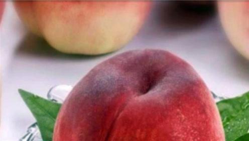 在买桃子的时候,如何挑选香甜多汁口感好的呢?教你一招
