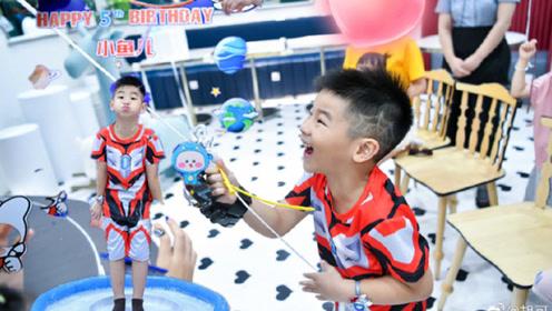 胡可为小儿子庆祝5岁生日 小鱼儿扮奥特曼好帅气