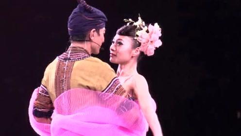 她16岁开始只为刘德华伴舞,别人花再多钱也请不到