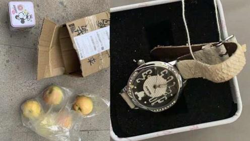 段子成真!曝男子网购二手苹果手表,收到4个苹果和儿童表