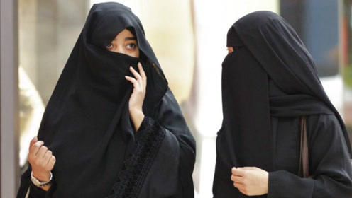 最保守的阿拉伯女人,在夜里却竟然是这幅景象,反差太大