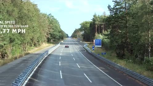 布加迪Chiron 1刷新地表量产车速度纪录!