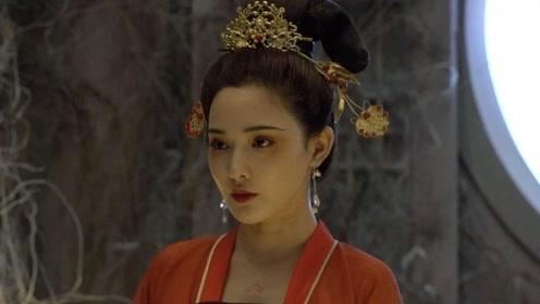 彭小苒大红唐装配金发饰造型曝光 华丽富贵再现猫妖造型