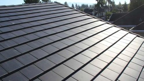 新型太阳能瓦片,一平方发电85瓦,以后不用交电费了