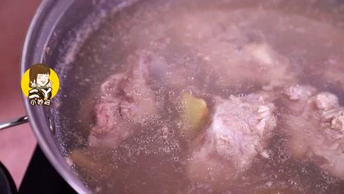 无论炖什么肉,千万不能直接焯水!少了这1步,难怪肉又腥又柴